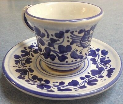 Deruta pottery-Espresso Cup+sau With Arabesco Pattern.Made/painted by hand-Italy