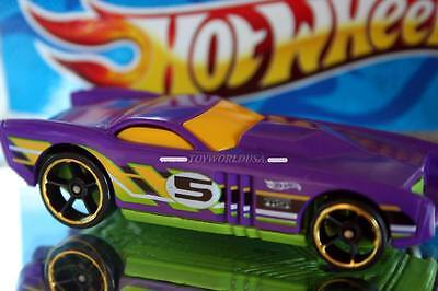 2014 Hot Wheels HW Race Super Loop Chase Race Exclusive The Gov'ner gold trim