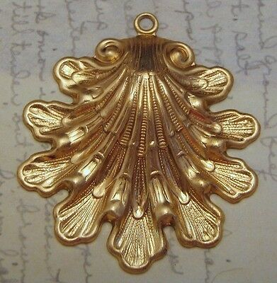 Large Raw Brass Victorian Shell Stamping (1) - S4769 Jewelry Finding