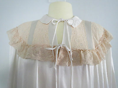 Vtg 1940s Long Satin Robe Lace Bodice Self Belt Long Sleeves Cuffs Clean & Nice