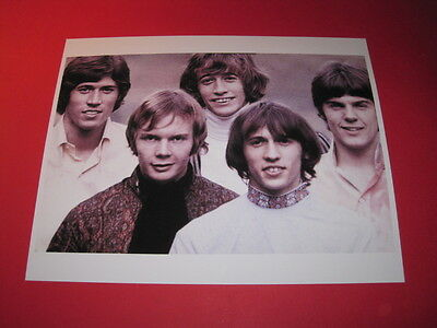 THE BEE GEES  10x8 inch lab-printed glossy photo P/2801