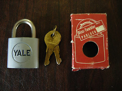 Vintage Yale New In Box Padlock # 602 Disc-Tumbler  Original Box & Keys