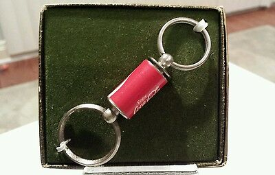 NIB vintage COCA-COLA screw apart key chain.