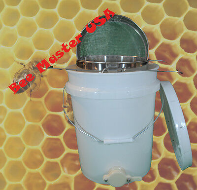 Pros Choice Best Honey Bottling Pail with honey gate,Lid &Double Sieve Strainer