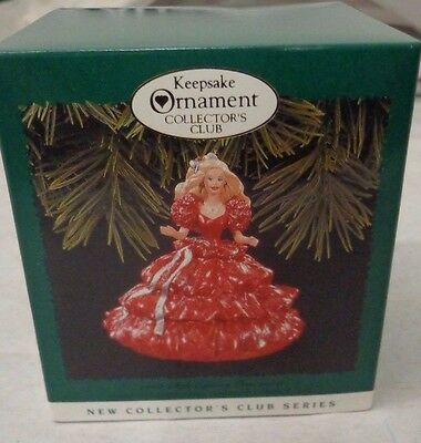 Keepsake Ornament Collector's Club 1996 Happy Holidays Barbie Handcrafted H6