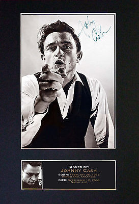 JOHNNY CASH Signed Mounted Autograph Photo Print (A4) No85