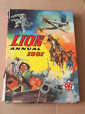 LION ANNUAL (1961) Very Good Minus Condition - Great interiors!