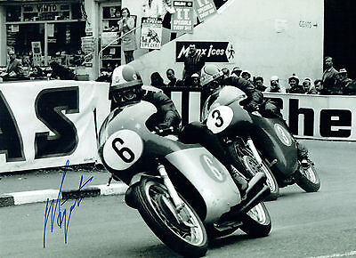 Giacomo AGOSTINI Isle of Man TT MV Agusta Autograph Signed 16x12 Photo AFTAL COA