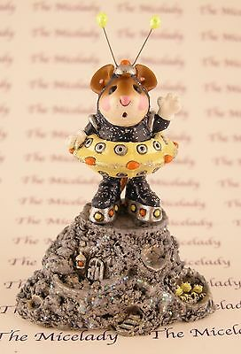 GREETINGS by Wee Forest Folk, EV-1, Navy & Yellow, LTD Retired 2003