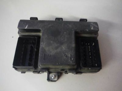 2013 2014 Ford Fusion Fuse Relay Box Dg9T14A067Af