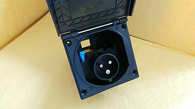 240v BLACK FLUSH FITTING MAINS 3 PIN INLET BOX CARAVAN MOTORHOME MOTORAMA PO140