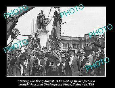 OLD LARGE PHOTO OF MAGICIAN, ESCAPE ARTIST IN STRAIGHT JACKET, SYDNEY 1928