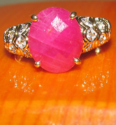 BEAUTIFUL SECONDHAND 9 ct YELLOW GOLD RUBY AND DIAMOND  RING SIZE P