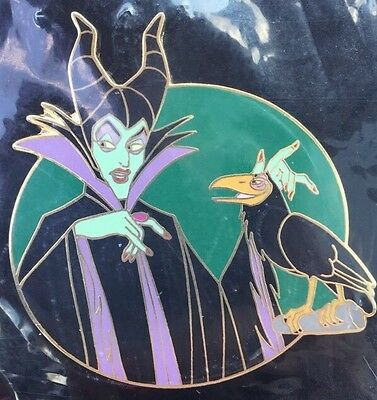 Disney Auctions Maleficent with Diablo LE 1000 Disney Pin NEW ON CARD