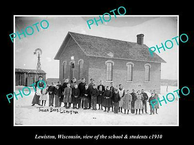 OLD LARGE HISTORIC PHOTO OF LEWISTON WISCONSIN, THE SCHOOL & STUDENTS c1910