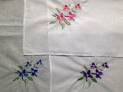 New Ladies Handkerchief White Delicate Cotton w/embroidered flower Vintage Style