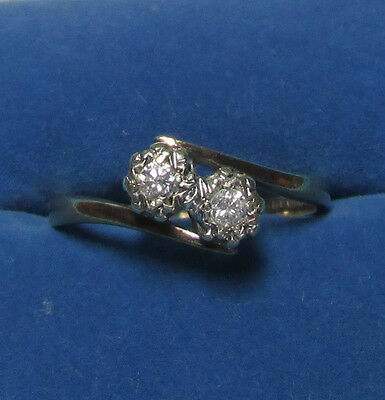 BEAUTIFUL SECONDHAND 9ct YELLOW GOLD.10ct DIAMOND TWISTED RING SIZE N1/2