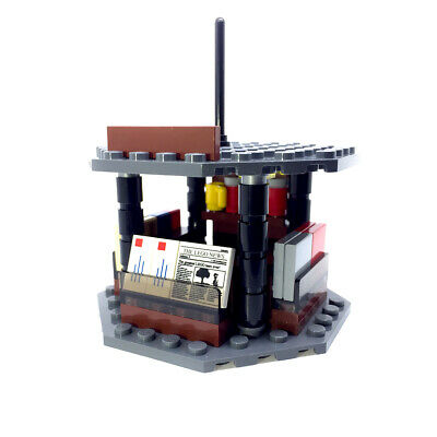 LEGO Newspaper Stand Kiosk for Minifigures City Town Newsstand Shop