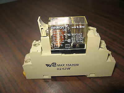 Omron G2R-1-SN Cube Relay (24 VDC) With Omron Base