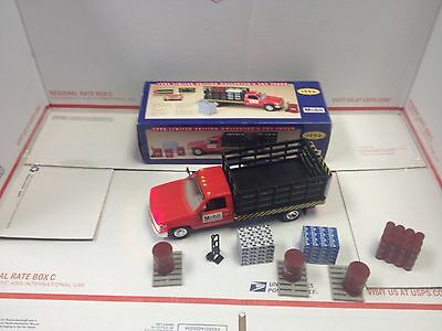 1996 Mobil Collectors Series Toy Truck