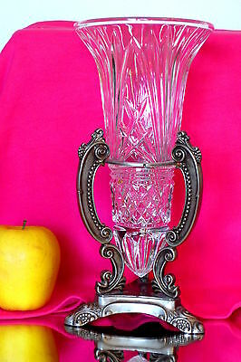 MAGNIFICENT Antique Victorian Style Cristal Vase on Silver Plated Stand