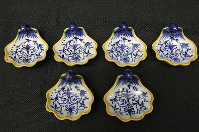 Set of 6 Antique GINORI Pottery Blue Scroll Scalloped Butter Pats or Salt Cellar
