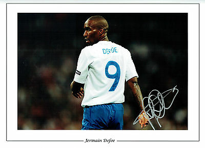 Jermaine DEFOE SIGNED Autograph 16x12 Photo AFTAL COA England Football