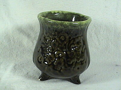 Vintage Hull USA Green Drip Footed Vase #B31