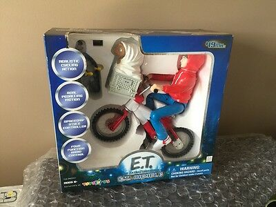E. T. The Extra Terrestrial Radio Control Bicycle 27MHz Toys r Us Exclusive NEW!