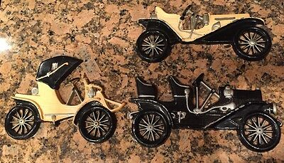 VINTAGE MIDWEST SET OF 3 METAL CARS WALL HANGINGS Hand Cast Decor