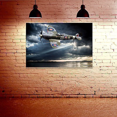 WW2 RAF Spitfire Digital Watercolour Painting - Large Framed Canvas Print - Gift