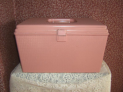 "VINTAGE WILSON PINK PLASTIC SEWING BOX W/CONTENTS 12"" X 7"" X 7"" VGC"