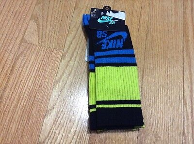 NWT Boys Nike SB HIGH CREW Size 9-11 For Shoe Size 5Y-7Y 2 PAIRS