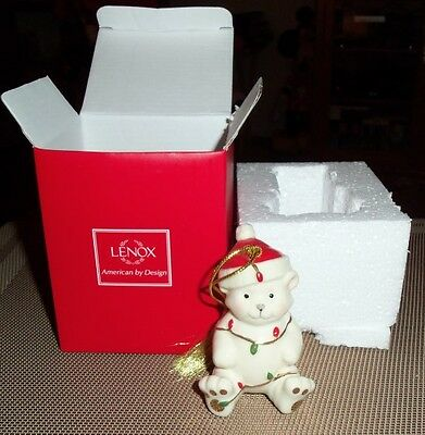BEAUTIFUL Lenox BEAR Porcelain Christmas Ornament - NEW !!