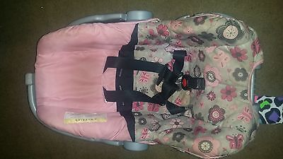 Evenflo Girl's Carseat. 0-6 months