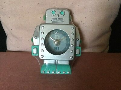 Quirky Vintage Robot Clock Silver And Blue Colour Made For Woolworths