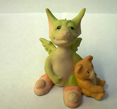 Pocket Dragons Drowsy Dragon Piece 1989 Mint  Condition loose holding teddy bear