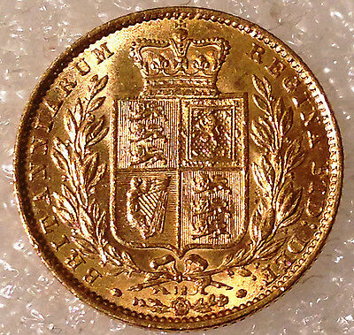 1869  Victoria Shield full  Sovereign   excellent coin die 12 15 34 48