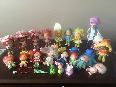 Lot of 21 PVC & Dolls Vtg 80s American Greetings Strawberry Shortcake Look.