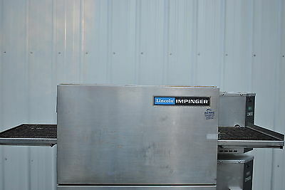 Lincoln Impinger1132-023-A Conveyor Pizza Oven