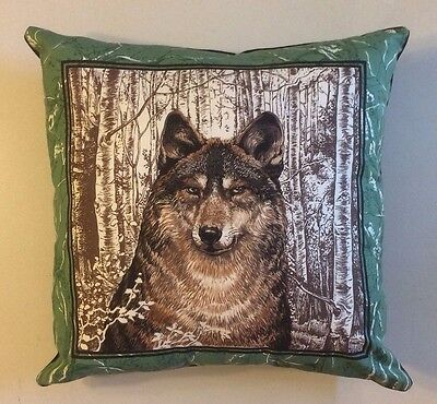New 15X15 Stunning Timber Wolf Theme Complete Pillow - Wildlife Collectors Gift!