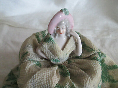 Ancienne Demi Figurine Poupee Poudrier Half Doll Tee Puppee