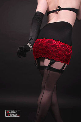 Retro Style 6 Strap Open Bottom Girdle Suspender Belt Lace Trim in Black or Red