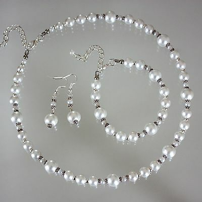Vintage white pearl necklace bracelet earrings wedding bridesmaid jewellery set