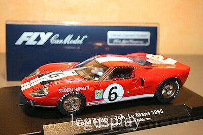 Slot car SCX Scalextric Fly 88167 Ford GT-40 24H Le Mans 1965 Müller / Bucknum