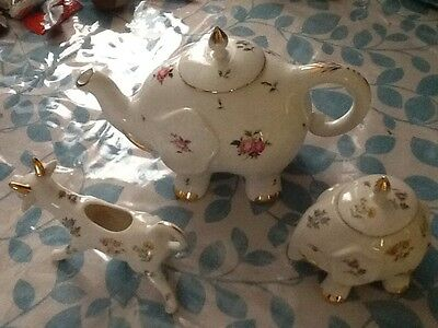 Grace's Teaware Tea Pot Sugar bowl & Creamer
