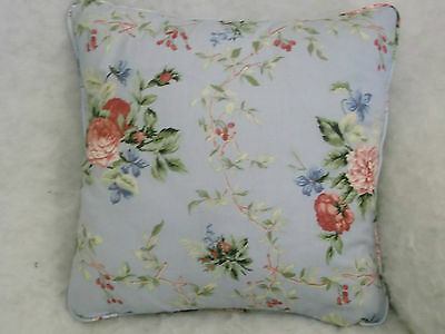 Beautiful Kew Traditional Floral Cotton Fabric 1 Pair Of Cushion Covers