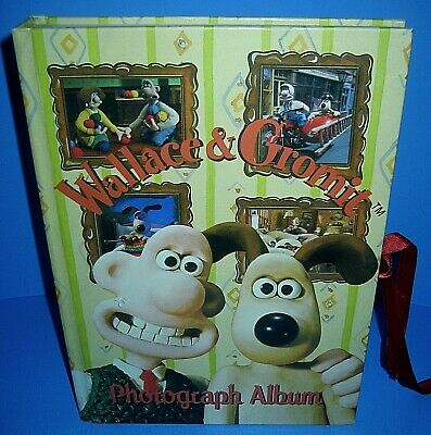 Photograph Album Book Wallace & Gromit 1996 Edition RARE!