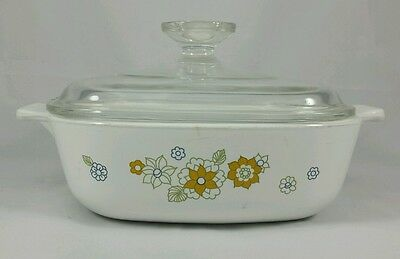 "Corning Ware Floral Bouquet ""Daisy"" 1 Quart P-1-B  with Glass Lid Made in USA"