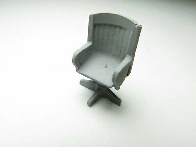 "1/48 1/4"" O Scale Swivel Padded Lounge Desk Chair Pewter Casting"